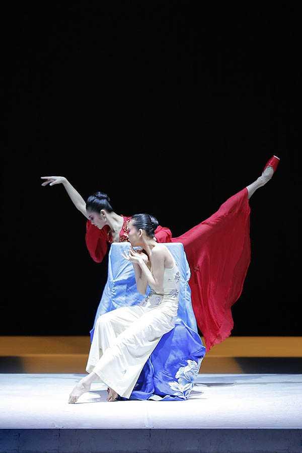中央芭蕾舞团《牡丹亭》描述穿越时空的生死之恋