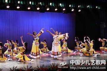 阿坝州的藏族民间舞蹈