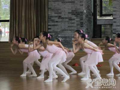 舞蹈的表现力要适度