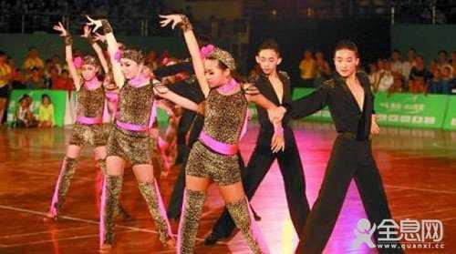 青少年舞者在考牌中的常见问题