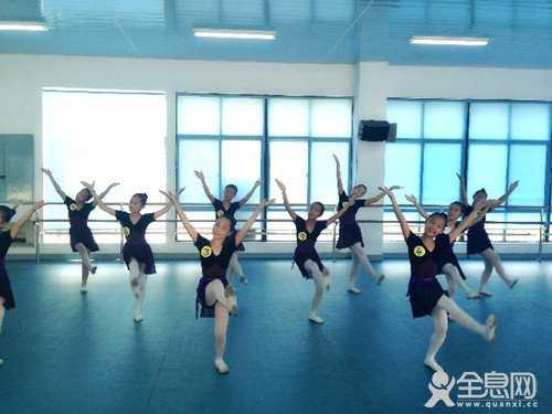 舞蹈考级铜银金舞蹈要规范严谨