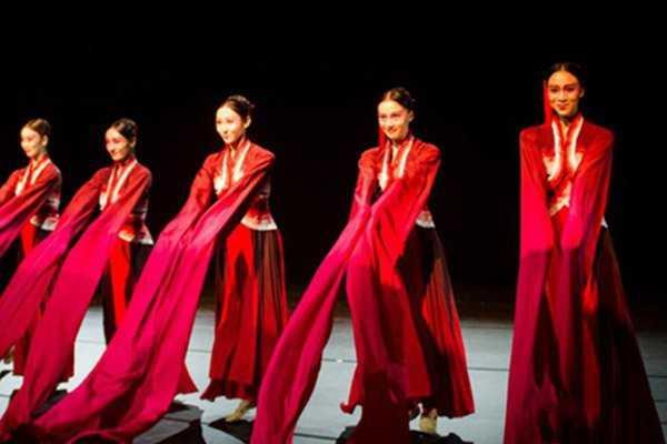 成人学习中国古典舞有哪些好处?