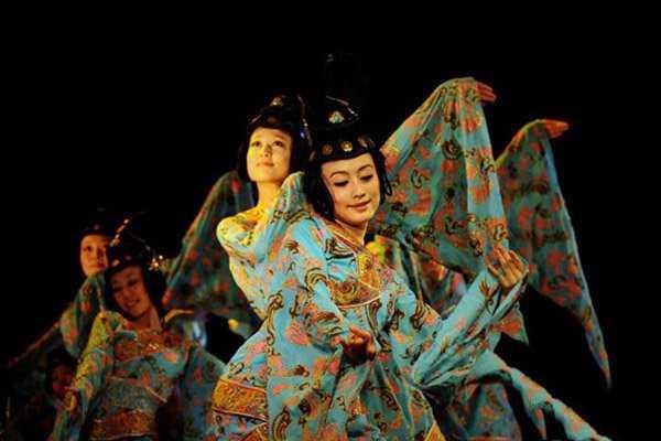 成人学习古典舞的好处有哪些