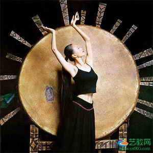专访杨丽萍:将民族风坚持到底