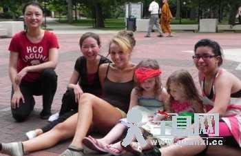 密西根大学孔子学院将中国古典舞带到美国