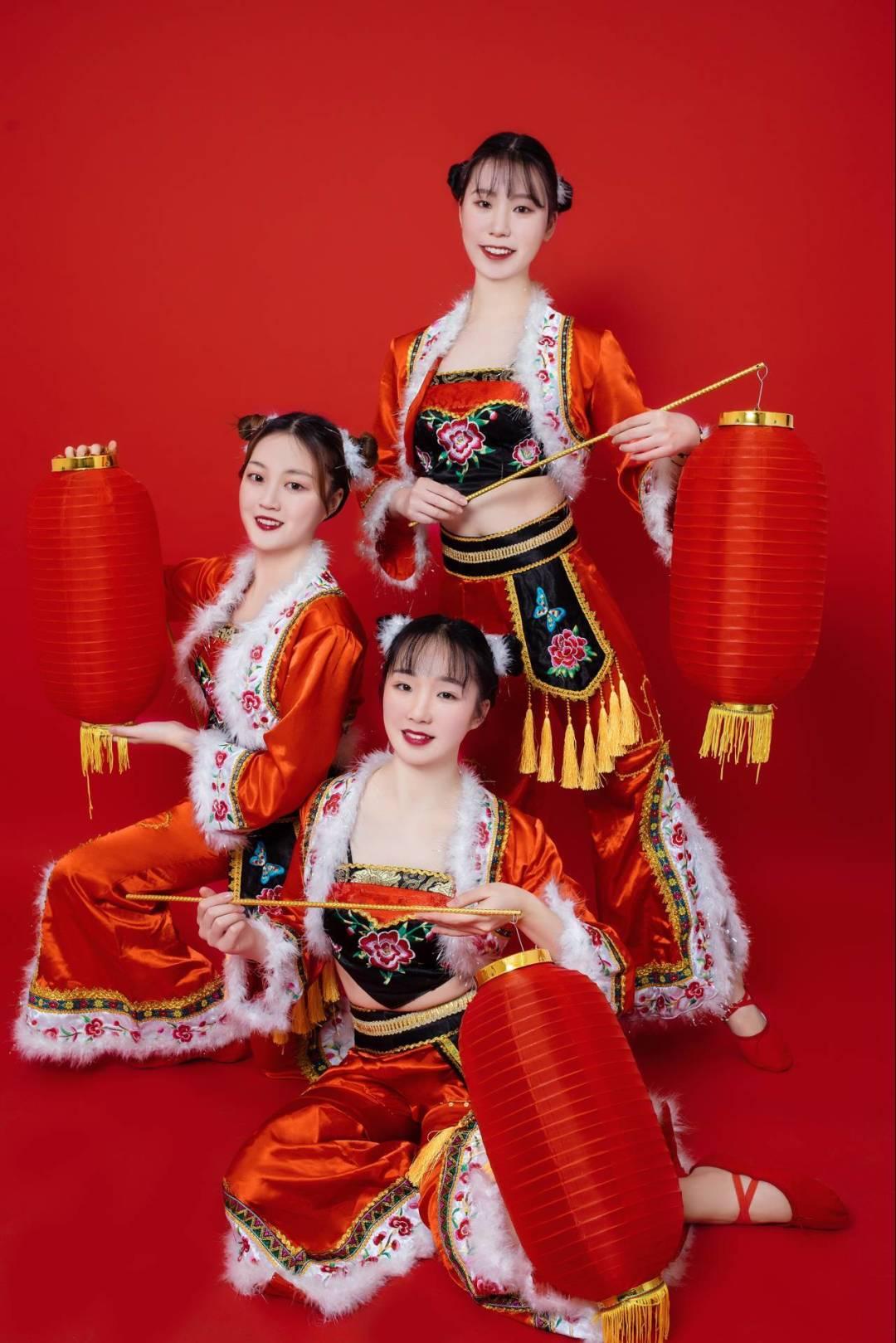 """重庆工商大学第七届""""新儒商""""大学生艺术文化节舞蹈大赛"""