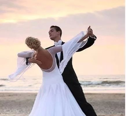 国标舞:与舞伴磨合要过的2大关!