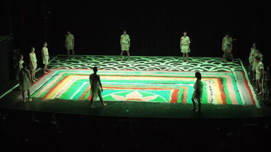 舞剧《香巴拉》隆福剧院上演,让烦躁的你来一次心灵的涤荡!