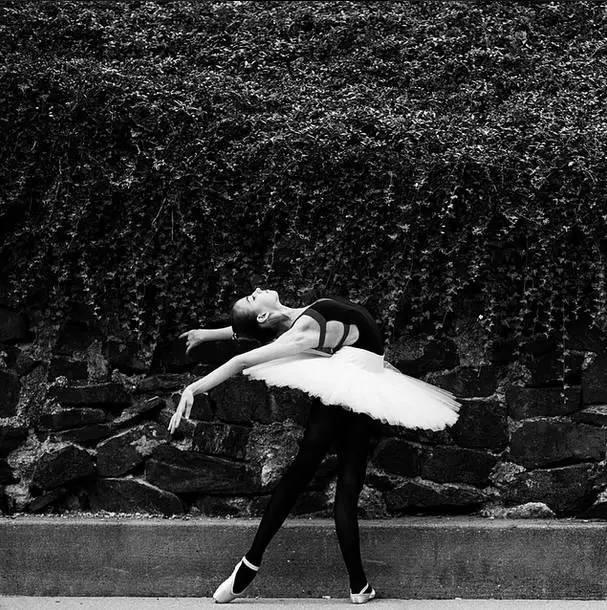 """舞蹈老师说:""""天才也需要后�天的培养ㄨ"""""""