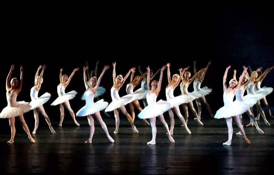 芭蕾拉伸,最美最好最优雅的运动!完美修长的芭蕾身材解密!
