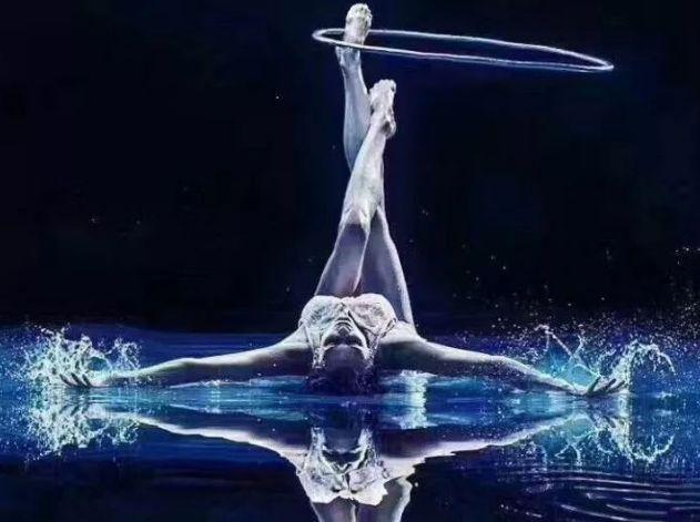 """艺术体操、花样滑冰为什么都需要练""""芭蕾基训""""?"""