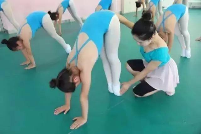 开舞蹈培训班的先期准备工作