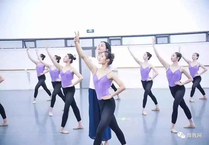 舞蹈老师,铁打初阳的职业!