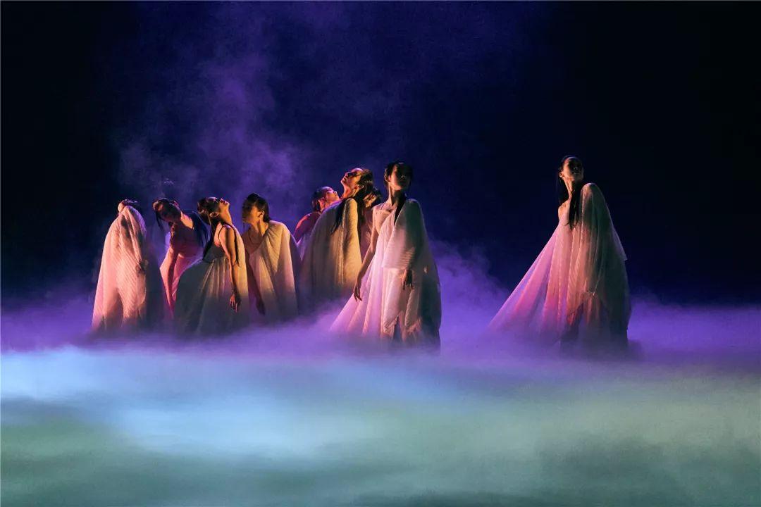 大型现代舞剧《倩女幽魂》:当抛开经典,我们看到什么?