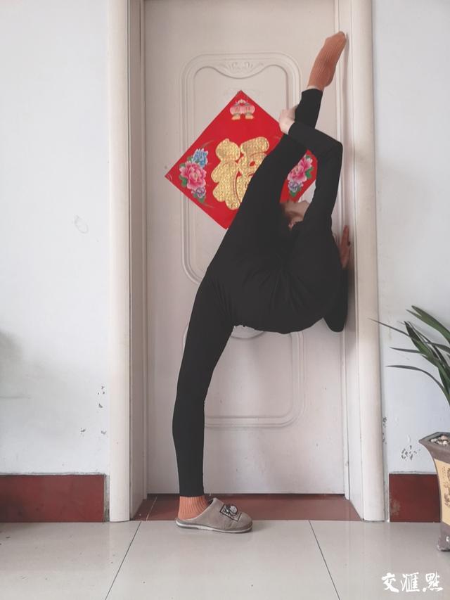 """面对疫情,看南艺舞蹈学院学生如何演绎""""宅""""的优雅"""